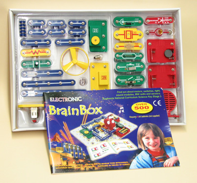 Brain Box Circuit Kit 500 Experiments / Projects